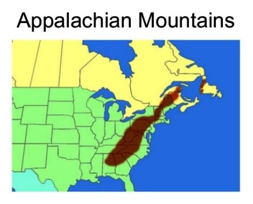 Bản đồ địa hình dãy Appalachian (màu nâu) chạy song song với bờ Đông nước Mỹ, bắt đầu từ cực Bắc là tiểu bang Maine xuống đến các tiểu bang Alabama và Mississippi ở cực Nam, tổng cộng dài khoảng 3.500 km.