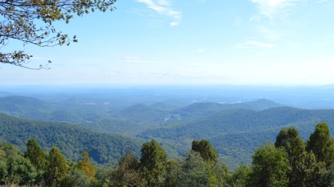 Roanoke Mountains - nhìn thẳng.