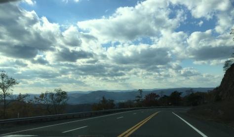 Mây trên đầu núi.