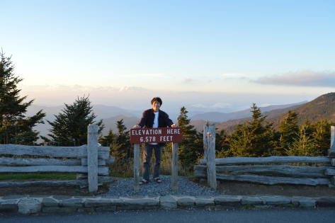 Đỉnh Mount Mitchell. Cao 2.005m.
