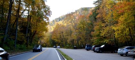 Nắng chiều trên đường đến thành phố Gatlinburg.