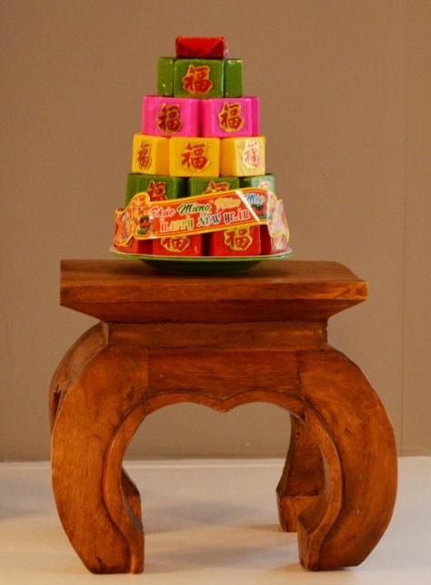 Bánh in của một chùa trong vùng do các sư làm.