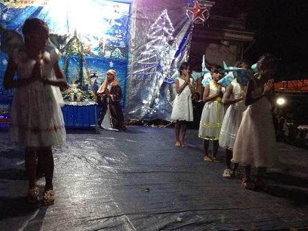 33_Chúa Giêsu Giáng Sinh Các em Thiếu nhi sóc Sơn Lang múa bài_Gloria (2)