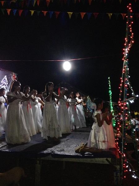 35_Mừng Chúa Giáng Sinh các em vũ Liên Khúc Giáng Sinh (1)