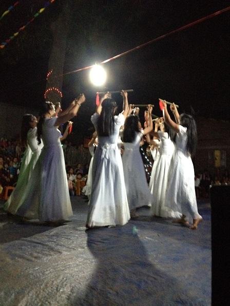 36_Mừng Chúa Giáng Sinh các em vũ Liên Khúc Giáng Sinh (2)