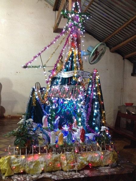 4_Hang đá trong nhà thờ sóc Sơn Lang