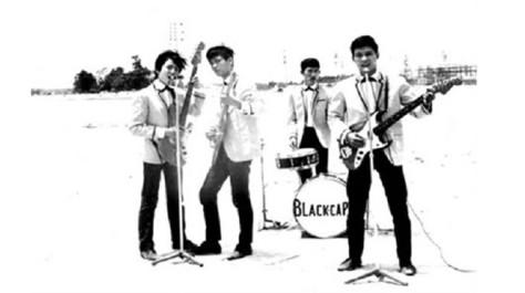 Ban nhạc The Black Caps. Từ trái sang: Minh Phúc, Ngọc Tùng, Billy Hùng, Quốc Huy - ẢNH: TƯ LIỆU