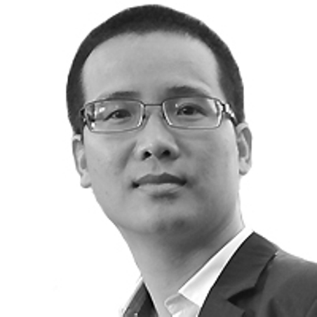 Nhà báo Hoàng Nguyên Vũ.