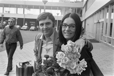Nana Mouskouri & George (Yorgos) Petsilas tại Netherlands năm 1971.