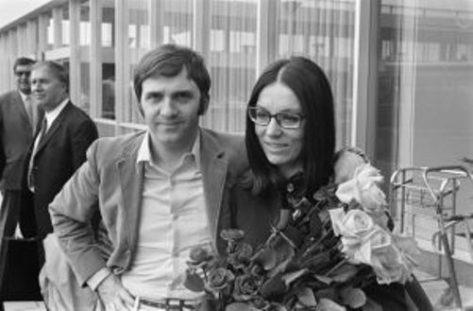 Nana Mouskouri và George Petsilas.