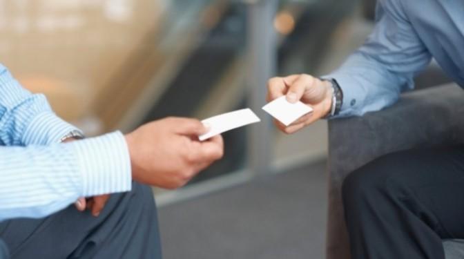 Bài học ngoại giao 7 – Dùng tên trong giao tiếp quốc tế