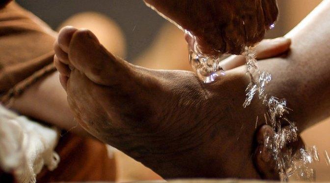 Rửa chân người
