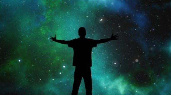 Liên hệ giữa cá nhân và vũ trụ