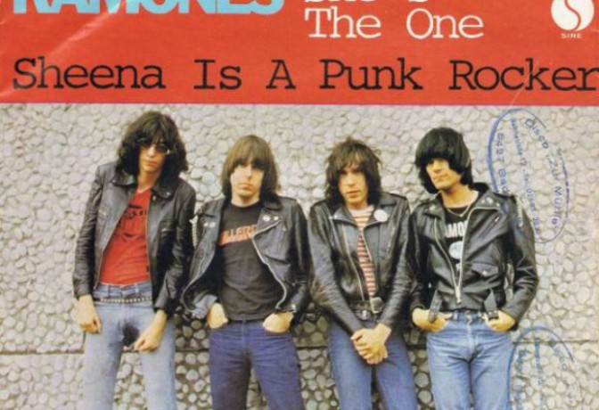 Sheena is a punk rocker – Sheena là punk rocker