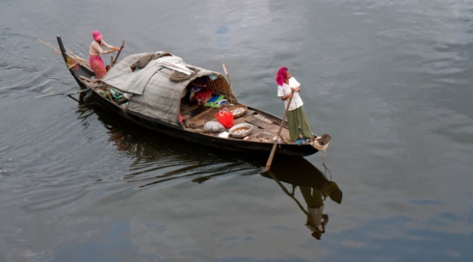 Việt Nam cực kỳ lo lắng khi Trung Quốc và Lào xây đập thủy điện trên sông MêKông.