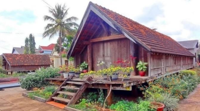 Những căn nhà mái Thái