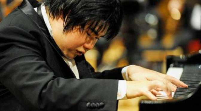 Nghệ sĩ piano khiếm thị Nobuyuki Tsujii