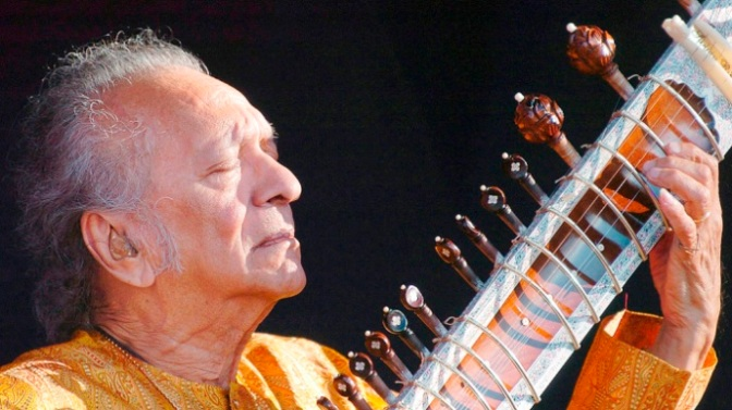 Nghệ sĩ sitar Ravi Shankar