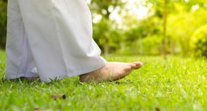 Thiền hành – Walking meditation