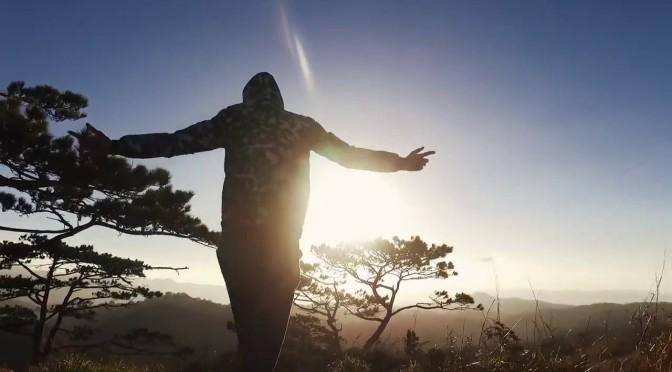 Đi theo bóng mặt trời