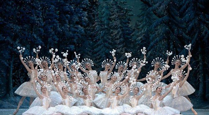 Điệu vanxơ của bông tuyết và vở balletKẹp hạt dẻ