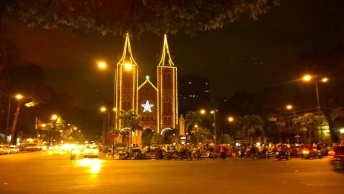 Sài Gòn vào mùa Noel