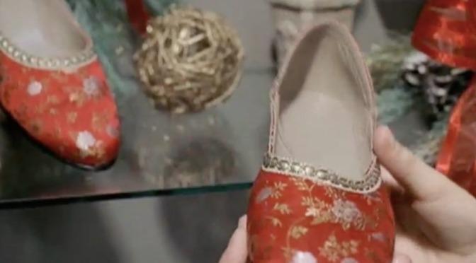 Đôi giầy Giáng Sinh – The Christmas Shoes