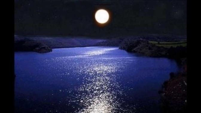 Sông Trăng – Moon River