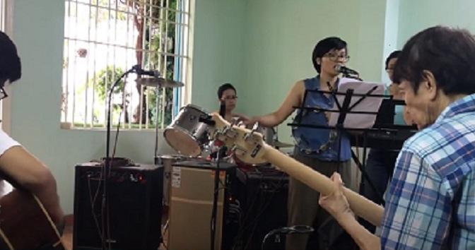 Ban nhạc ĐCN – Over & Over, El Condor Pasa, Ngồi hát ca bềnh bồng