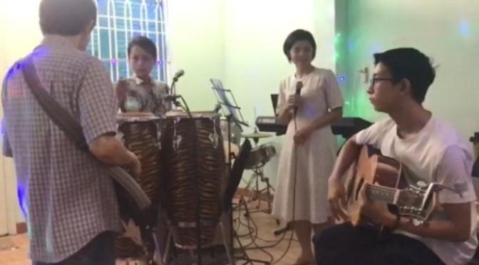 Ban nhạc ĐCN – Sài Gòn vào mưa