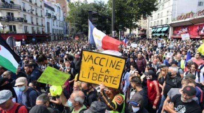 Các luận cứ hiến pháp và luật pháp liên quan đến vaccine
